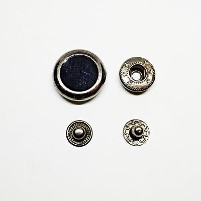 Кнопка для одягу 20мм чорний лак